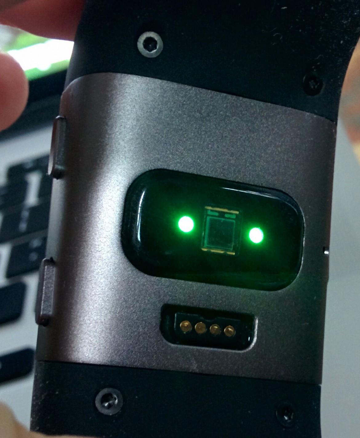 Fitbit Surge HR Sensor